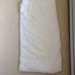 壊れた枕からベビーのお布団できた。